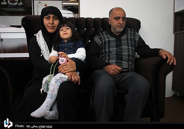 تصاویری از خانواده شهدای مدافع حرم خان طومار