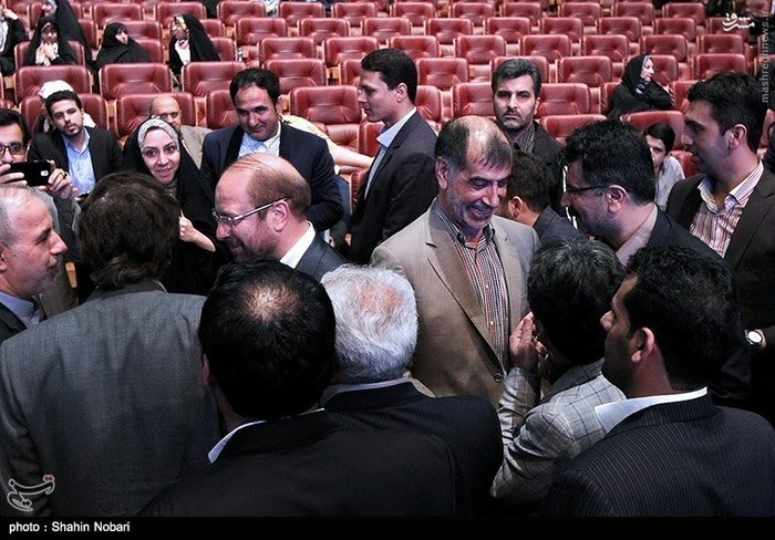انتقاد تند روزنامه جمهوری اسلامی از ضیافت شام قالیباف