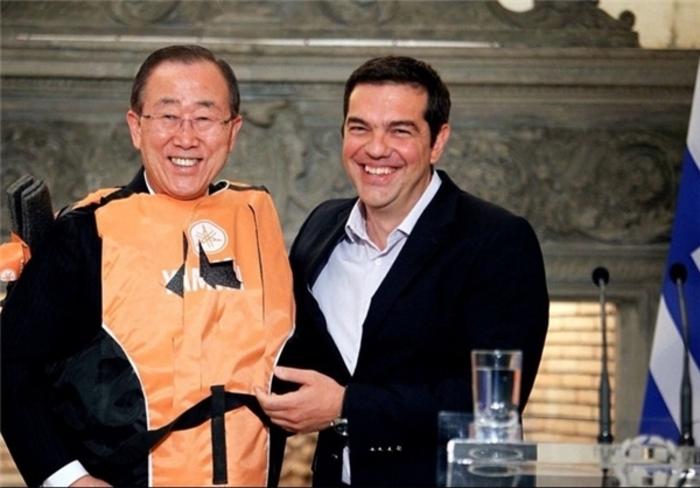 هدیه جالب نخستوزیر یونان به بانکیمون + عکس
