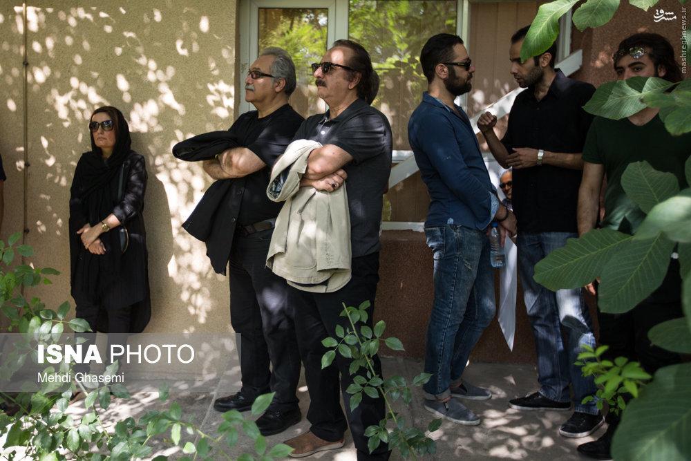 مجید مجیدی در مراسم تشییع مرحوم کیارستمی + عکس