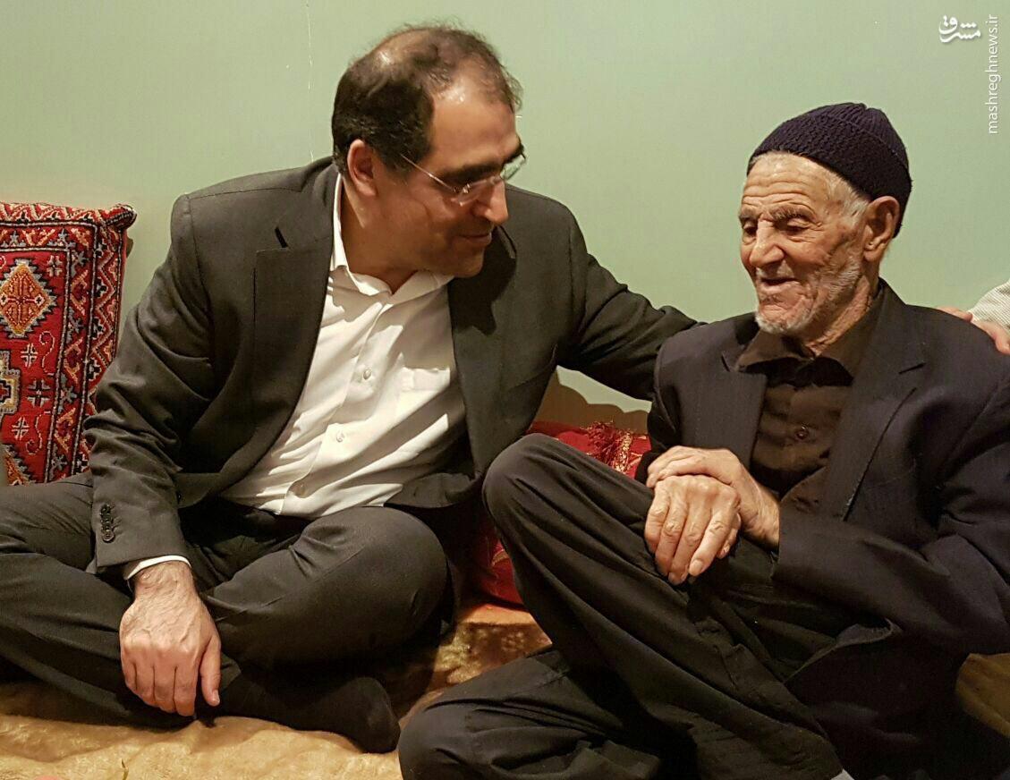 وزیر بهداشت به دیدار پدر حاج قاسم سلیمانی رفت + عکس